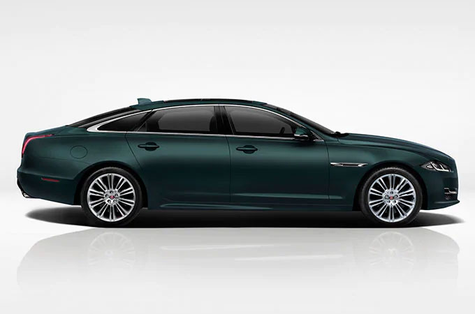 New Jaguar XJ Cars