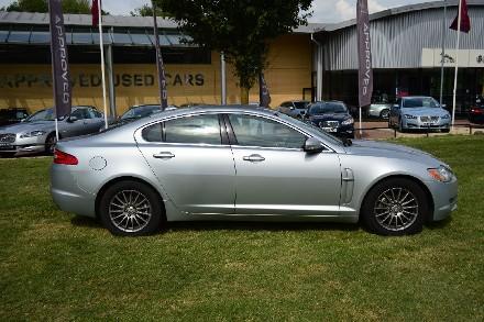 Jaguar XF 2.7d Luxury 4dr Auto image 6