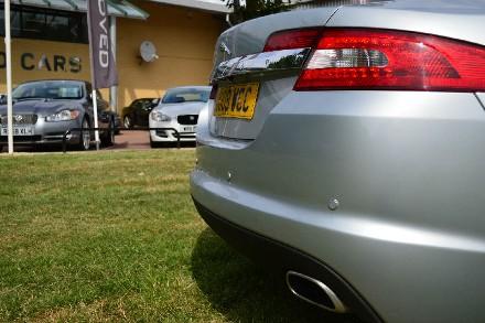 Jaguar XF 2.7d Luxury 4dr Auto image 10