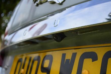 Jaguar XF 2.7d Luxury 4dr Auto image 11