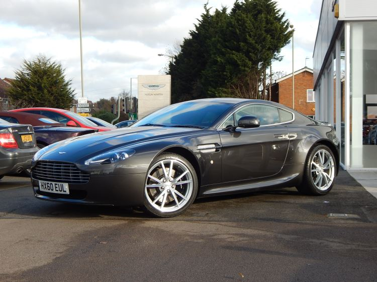 Aston Martin V8 Vantage Coupe 2dr [420] 4.7 3 door Coupe (2010) image