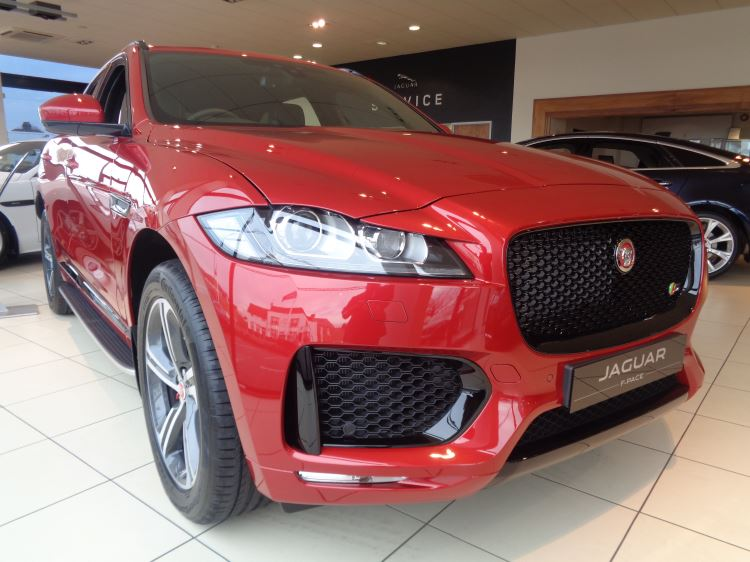 Jaguar  F PACE Essex Dealer, Order now for early delivery.