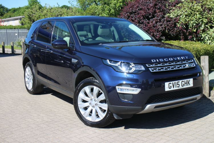 Land Rover Discovery Sport 2.2 SD4 HSE Luxury 5dr Auto with 7 Seats, Panoramic Glass Roof, DAB, & Auto High Beam Diesel Automatic 4x4 (2015) image
