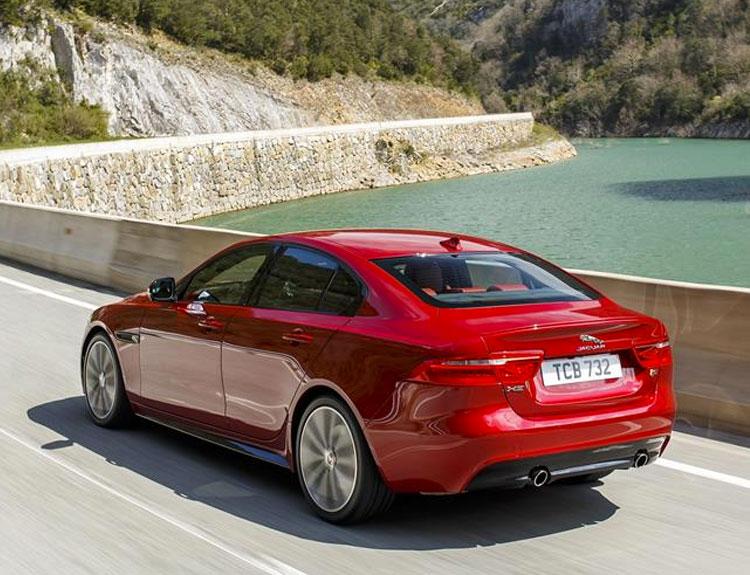 Jaguar XE R-Sport 180Ps Limited Special Deal
