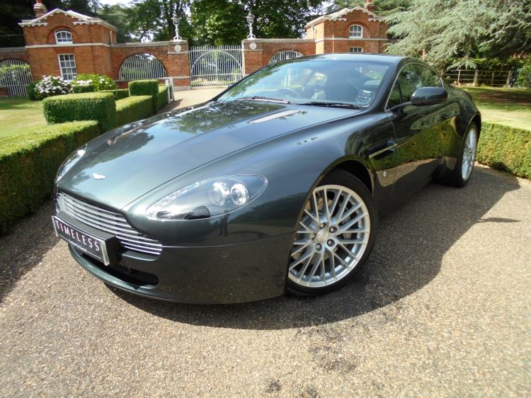 Aston Martin V8 Vantage Coupe 4.7 2dr Sportshift [420] Automatic 3 door Coupe (2009) image