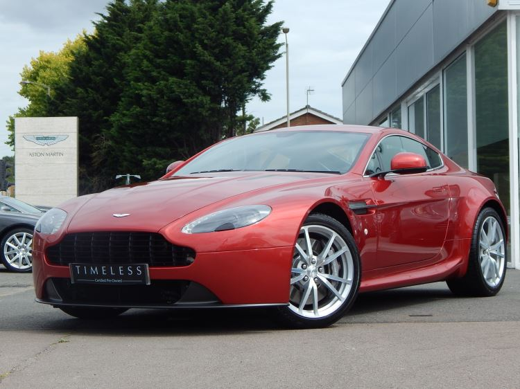 Aston Martin V8 Vantage Coupe 2dr Sportshift [420] 4.7 Sports Shift 3 door Coupe (2015) image