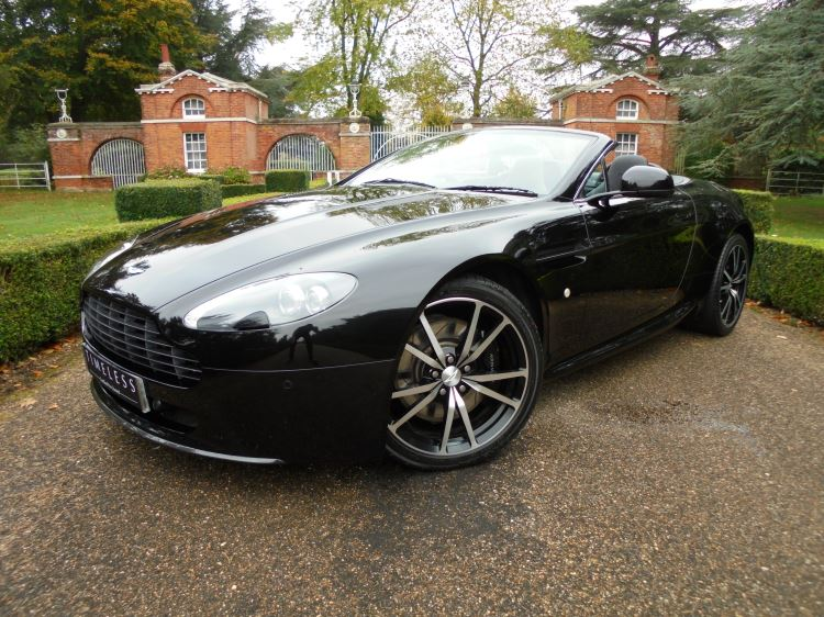 Aston Martin V8 Vantage Roadster N420 MANUAL 2dr [420] 4.7 Roadster (2011) image