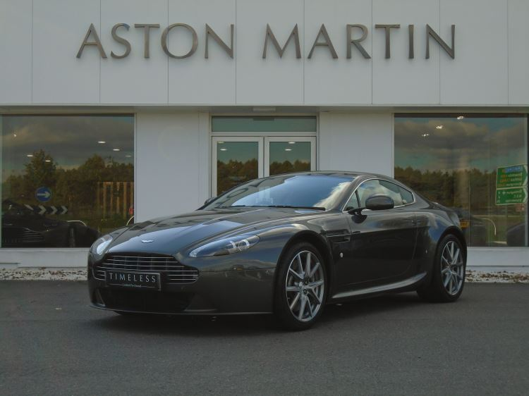 Aston Martin V8 Vantage Coupe 4.7  Automatic 2 door (2015) image