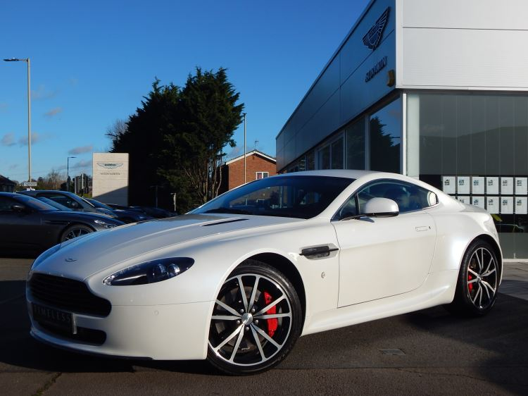 Aston Martin V8 Vantage Coupe 2dr [420] 4.7 3 door Coupe (2011) image
