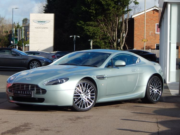 Aston Martin V8 Vantage Coupe 2dr Sportshift [420] 4.7 Automatic 3 door Coupe (2010) image