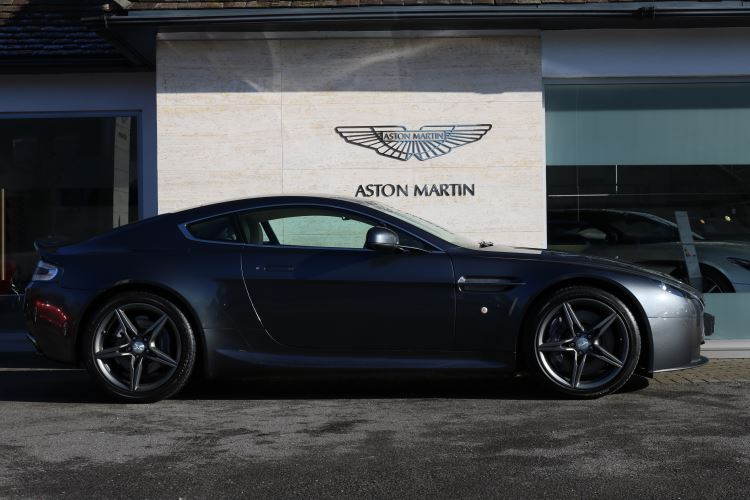 Aston Martin V8 Vantage Coupe 2dr Sportshift [420] 4.7 Automatic Coupe (2016)