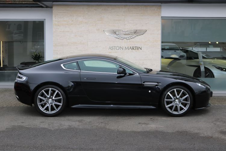 Aston Martin V8 Vantage S Coupe S 2dr MANUAL 4.7 3 door Coupe (2015) image