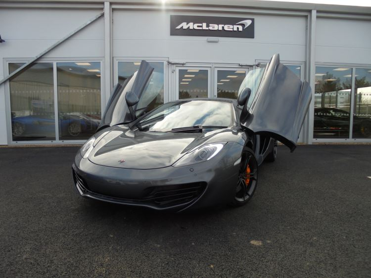 McLaren MP4-12C 3.8 COUPE Automatic 2 door Coupe (2012) image