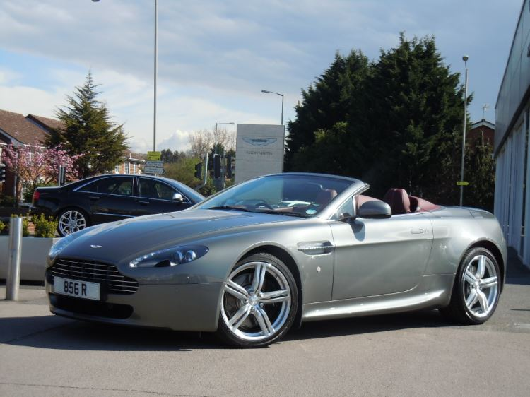Aston Martin V8 Vantage S Roadster 2dr Sportshift [420] 4.7 Automatic 3 door Roadster (2010) image