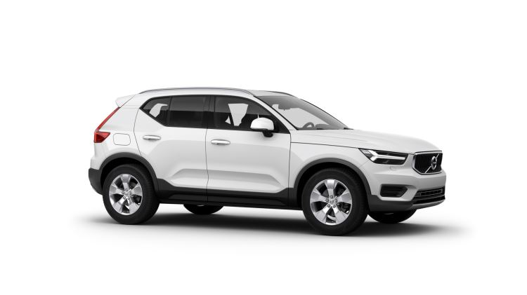 Volvo XC40 T3 FWD Momentum Manual Metallic