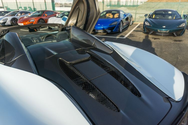 McLaren 570S Spider MSO LAUNCH EDITION image 26