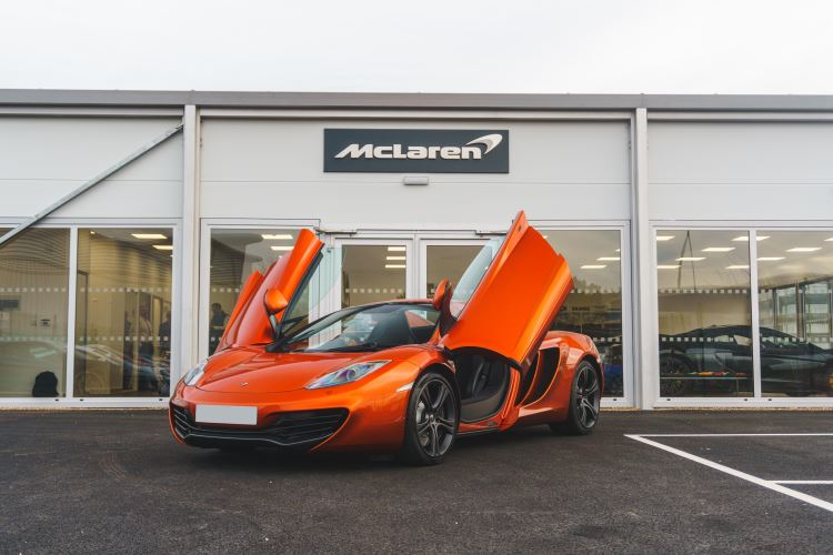 McLaren MP4 12C 12C SPIDER 3.8 Semi Automatic 2 Door Convertible (2013)