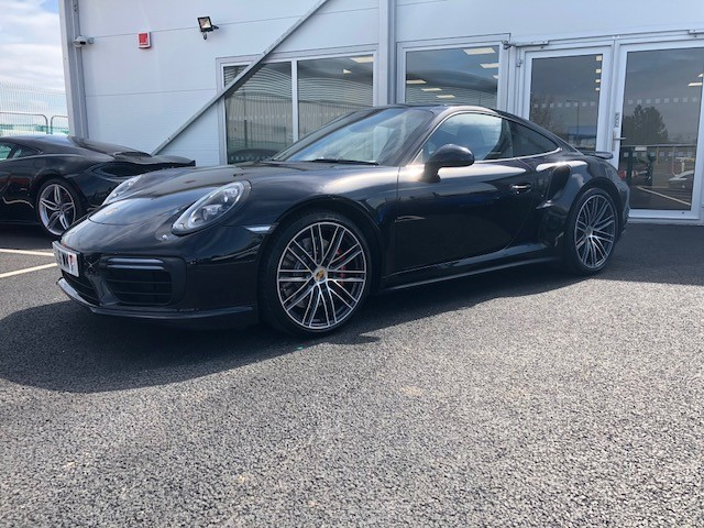 Porsche 911 TURBO 2dr PDK 3.8 Automatic Coupe (2016) image