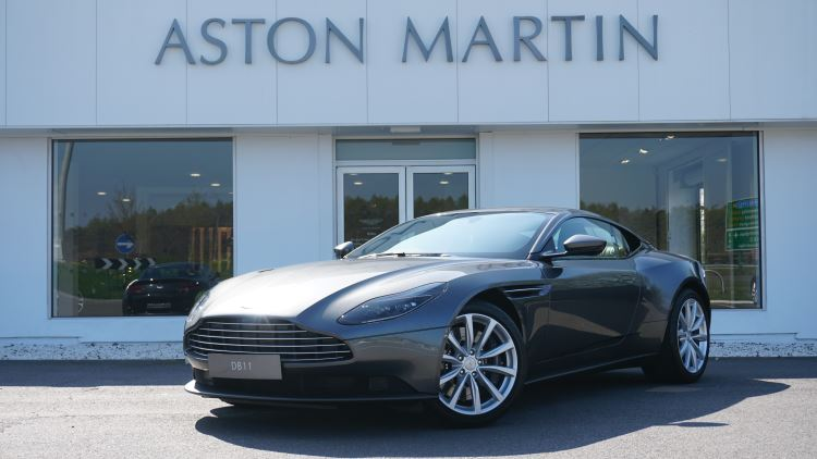 Aston Martin DB11 V8 Touchtronic 4.0 Automatic 2 door Coupe (17MY) image