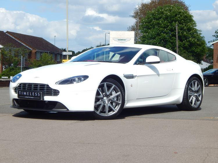Aston Martin V8 Vantage Coupe 2dr [420] 4.7 3 door Coupe (2012) image