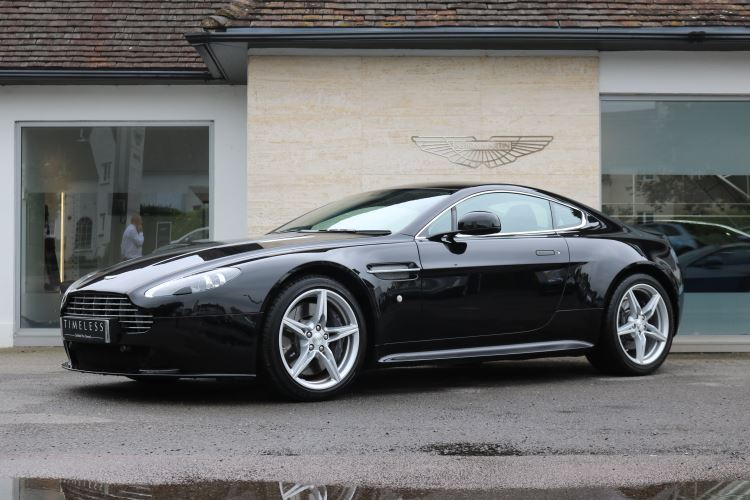 Aston Martin V8 Vantage Coupe S 2dr 4.7 3 door Coupe (2016) image