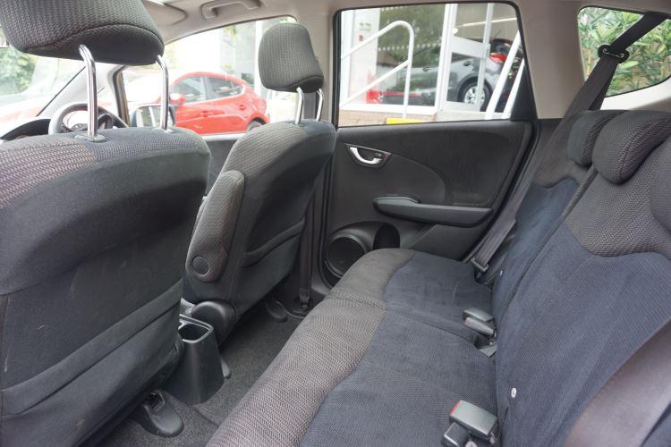 Honda Jazz 1.4 i-VTEC EX CVT image 9