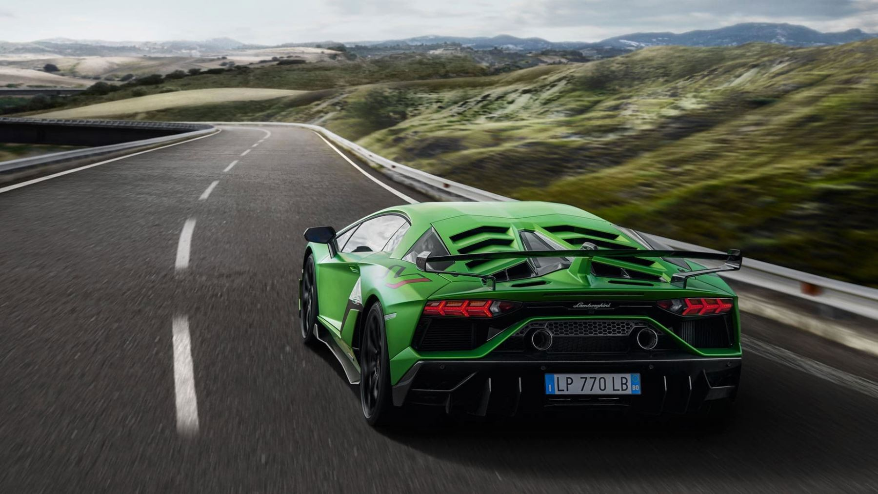 Lamborghini Aventador SVJ Coupe - Real Emotions Shape The Future image 6