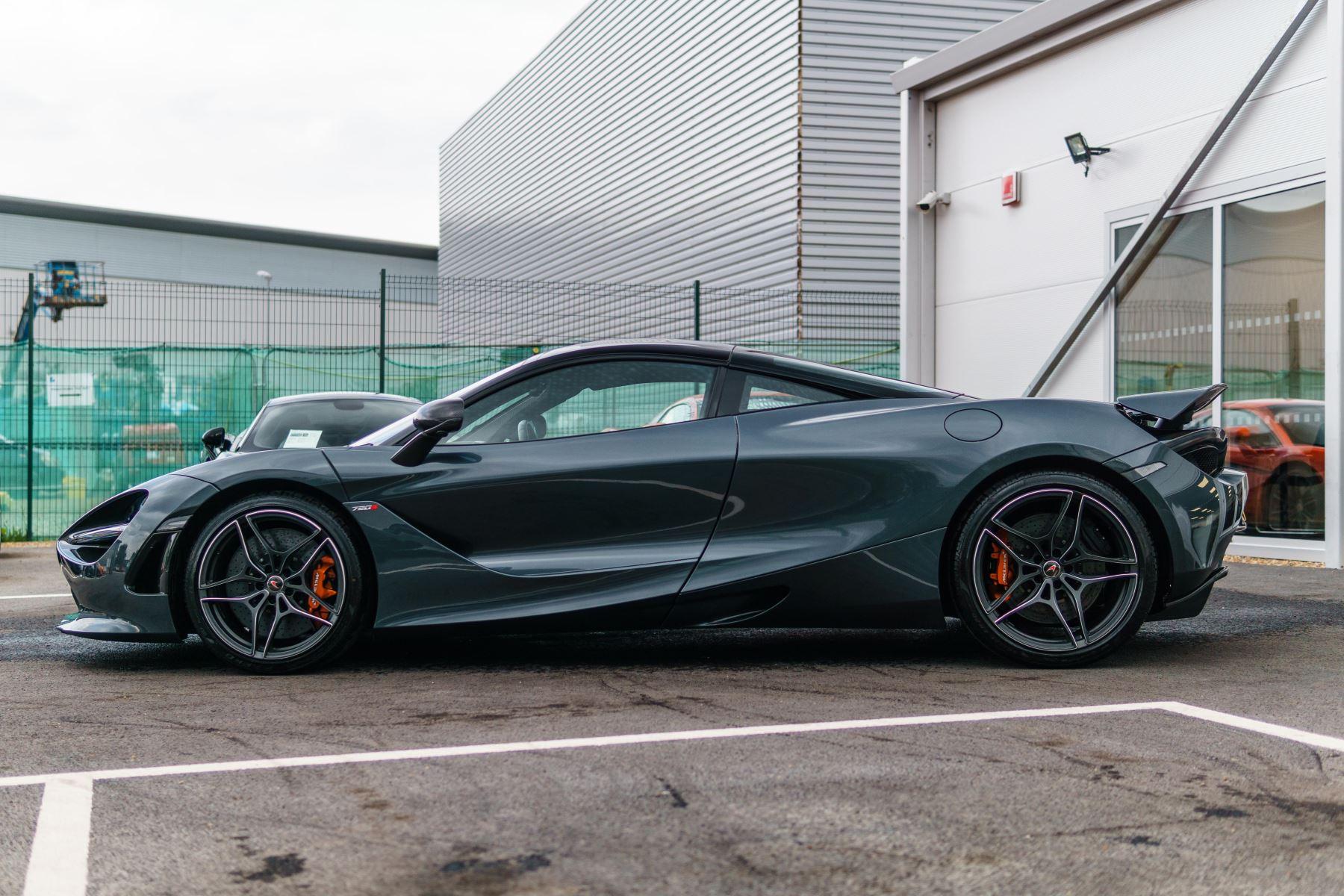McLaren 720S Performance V8 Coupe SSG image 2