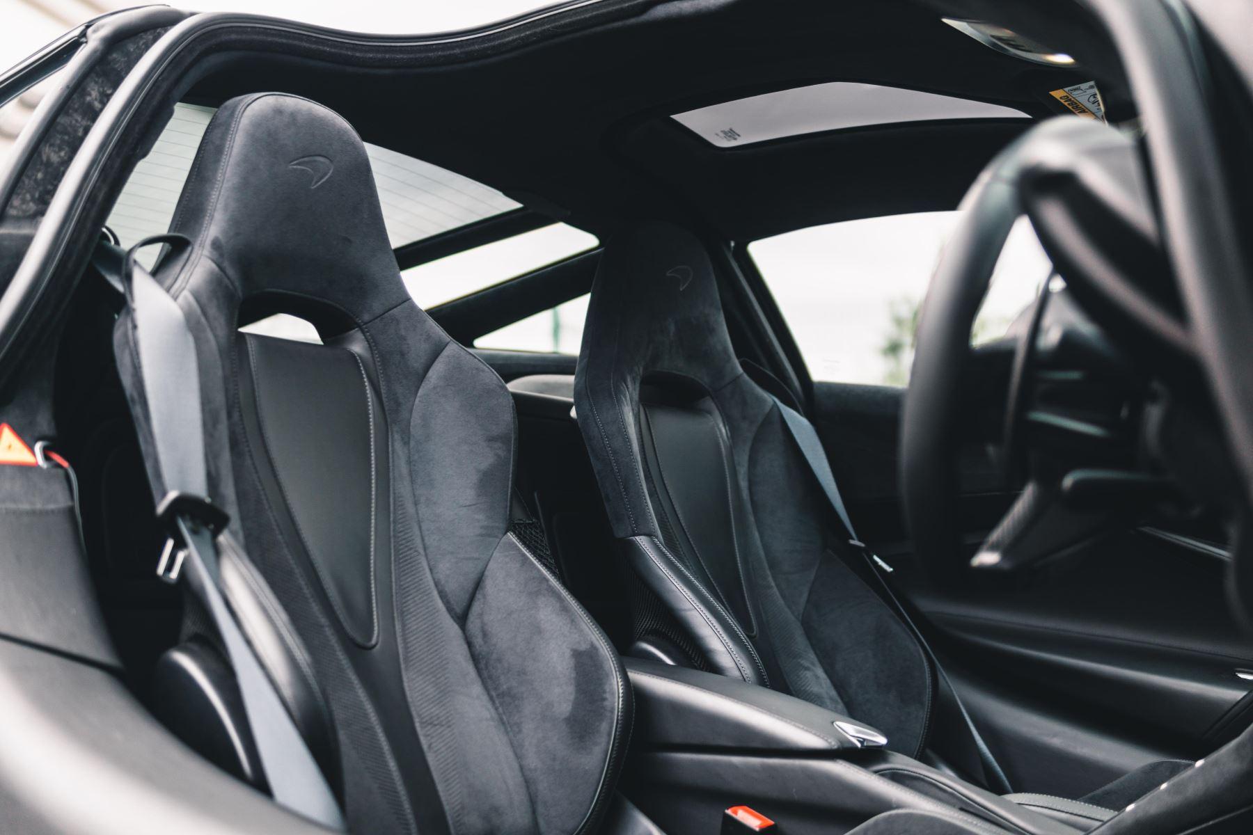 McLaren 720S Performance V8 Coupe SSG image 29