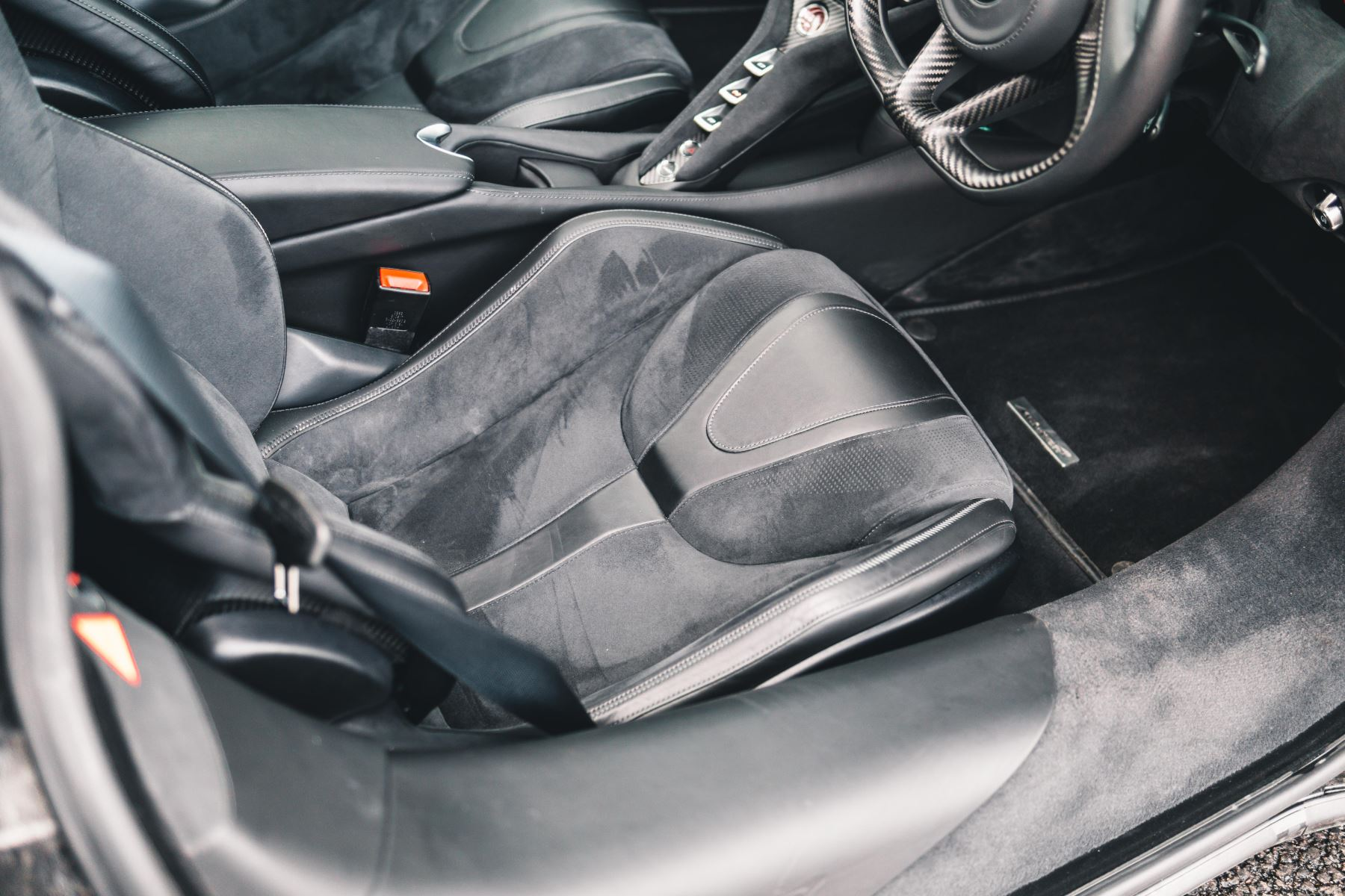 McLaren 720S Performance V8 Coupe SSG image 30