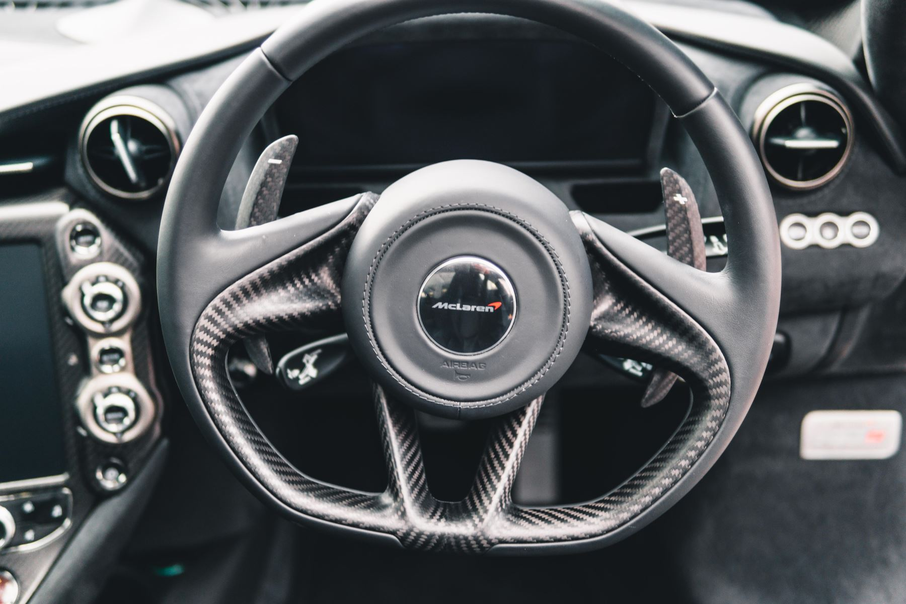 McLaren 720S Performance V8 Coupe SSG image 34