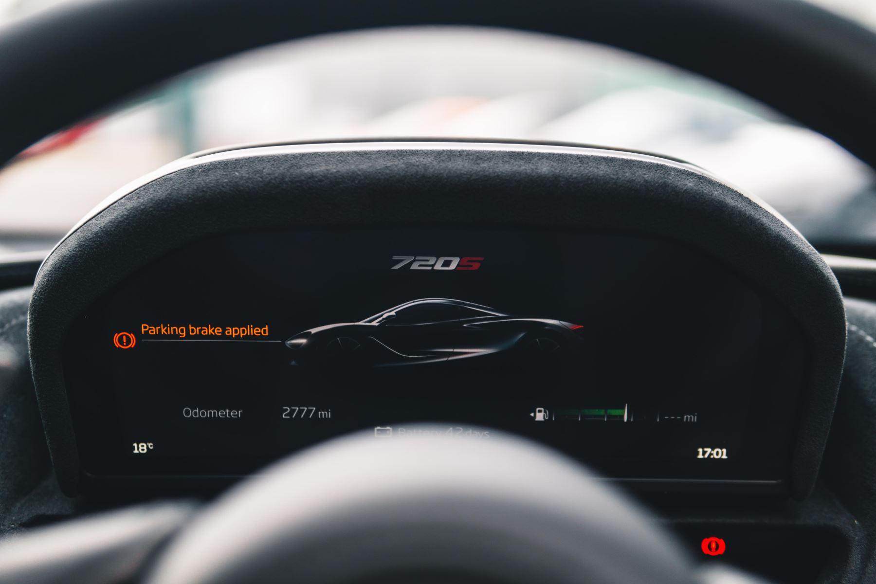 McLaren 720S Performance V8 Coupe SSG image 41