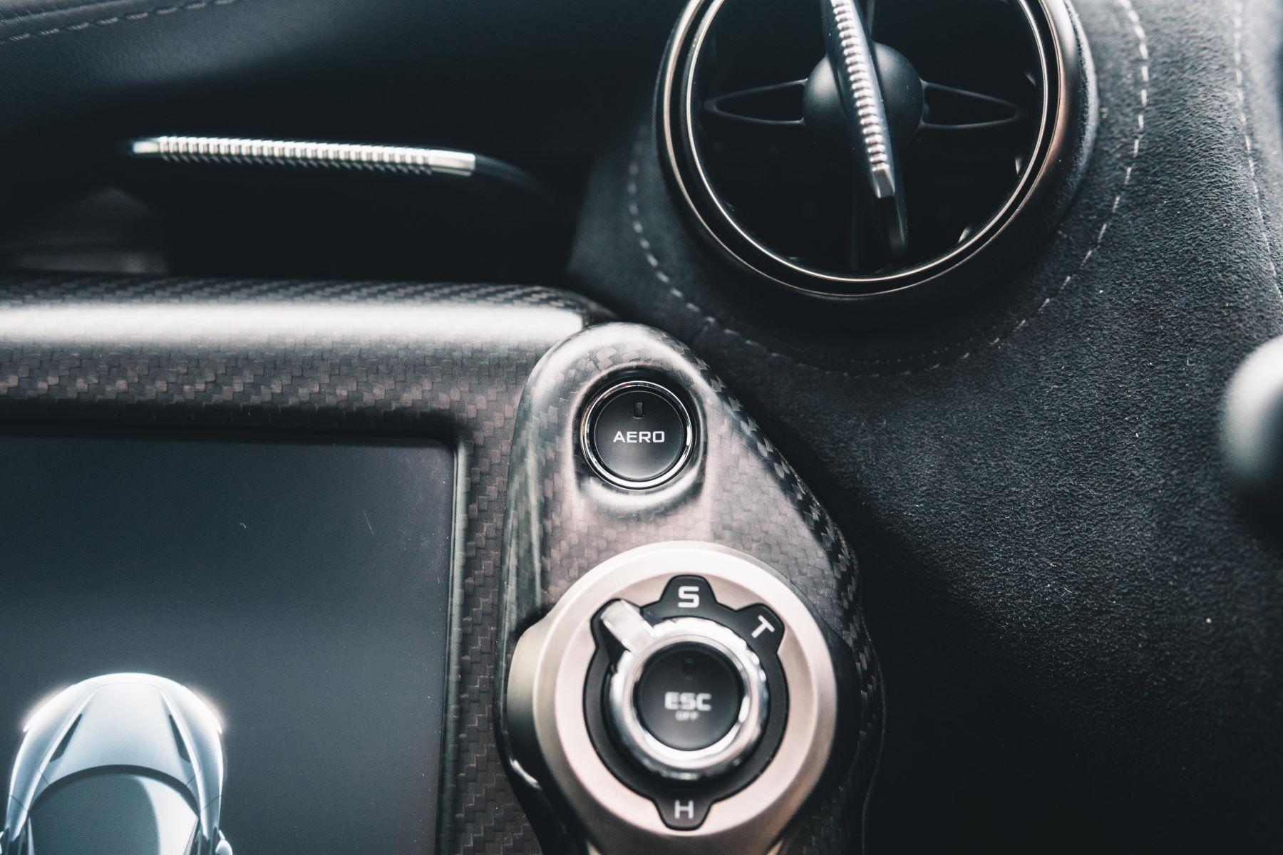 McLaren 720S Performance V8 Coupe SSG image 45