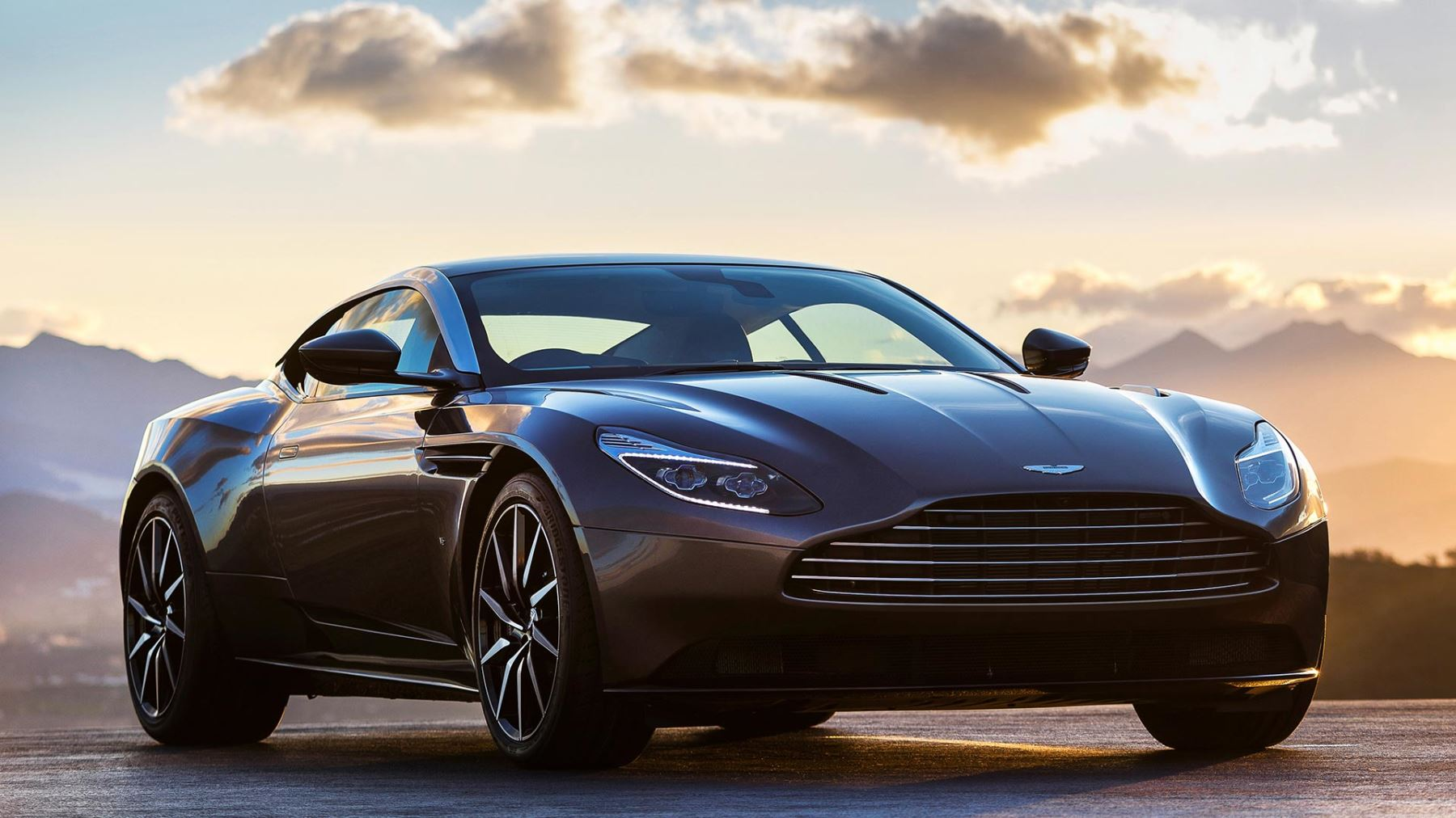 Aston Martin DB V With Years Free Servicing - Aston martin vantage maintenance
