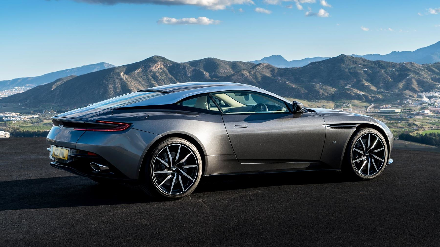 aston martin db11 v12 with 5 years free servicing*