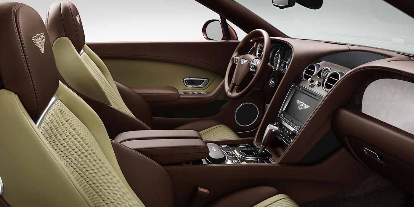 Bentley Continental GT V8 Convertible - A powerful, convertible grand tourer image 10