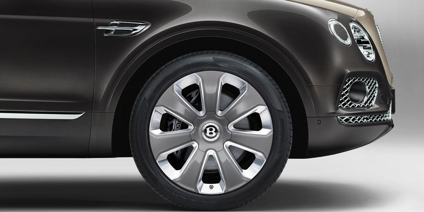 Bentley Bentayga Mulliner - The ultimate expression of SUV luxury image 4