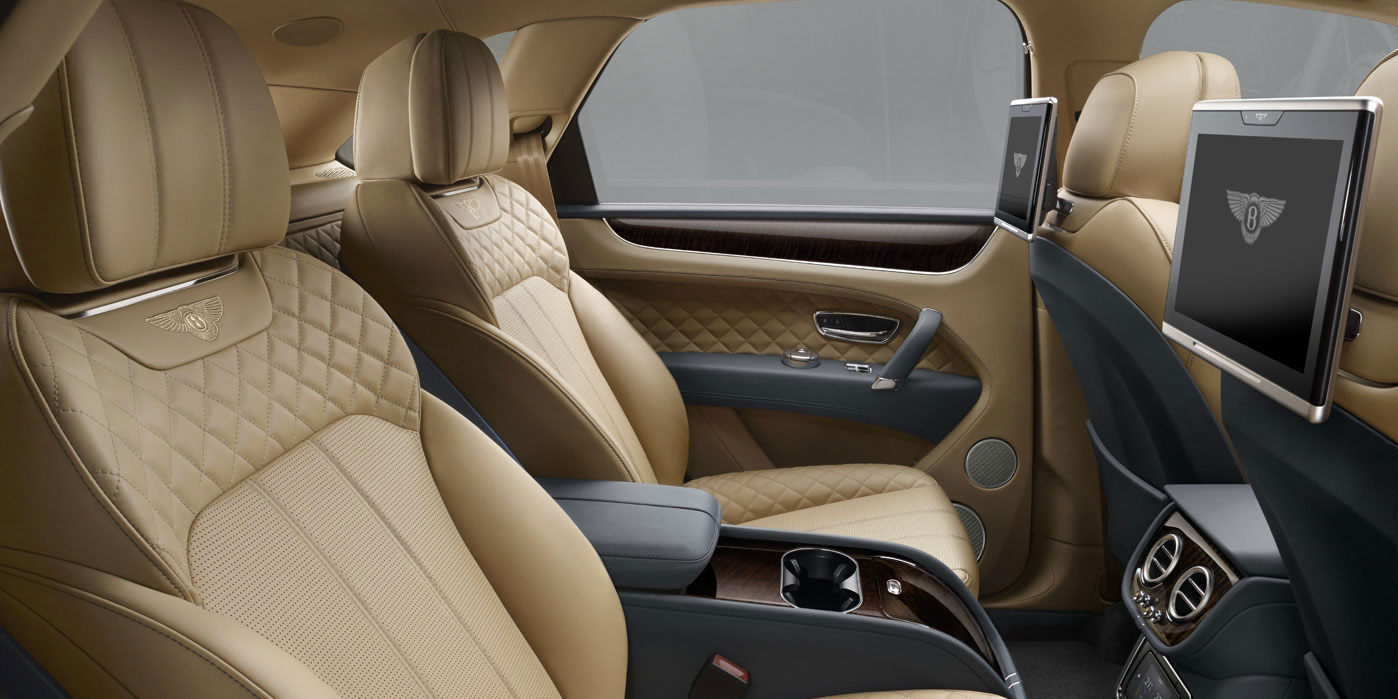 Bentley Bentayga - Unlike any other SUV in the world image 7