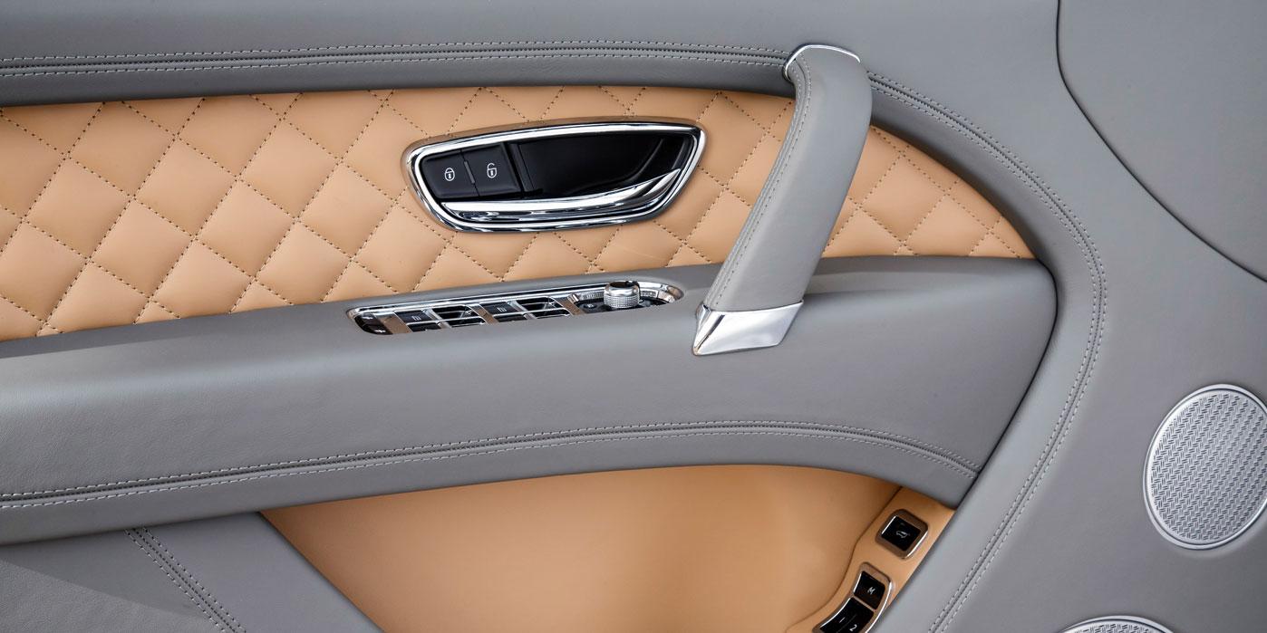 Bentley Bentayga - Unlike any other SUV in the world image 8