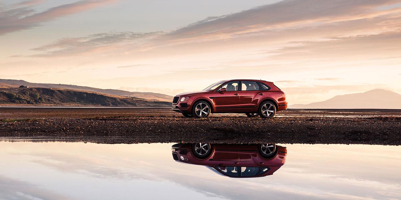 Bentley Bentayga V8 - Balancing exquisite refinement and performance image 4