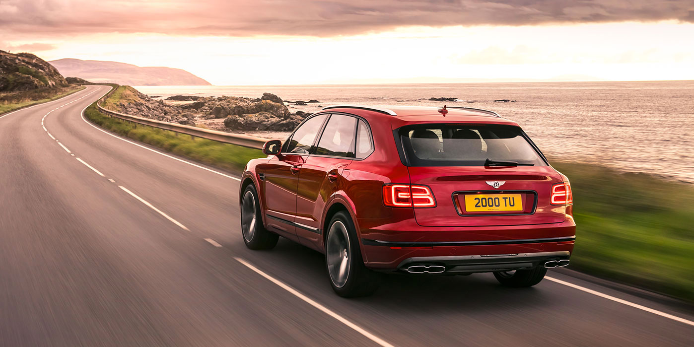 Bentley Bentayga V8 - Balancing exquisite refinement and performance image 3