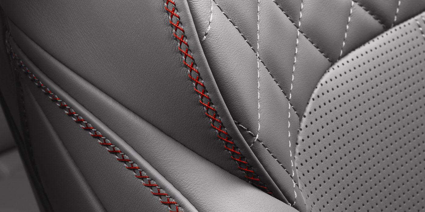 Bentley Bentayga V8 - Balancing exquisite refinement and performance image 10