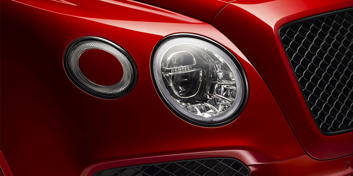 Bentley Bentayga V8 - Balancing exquisite refinement and performance image 6
