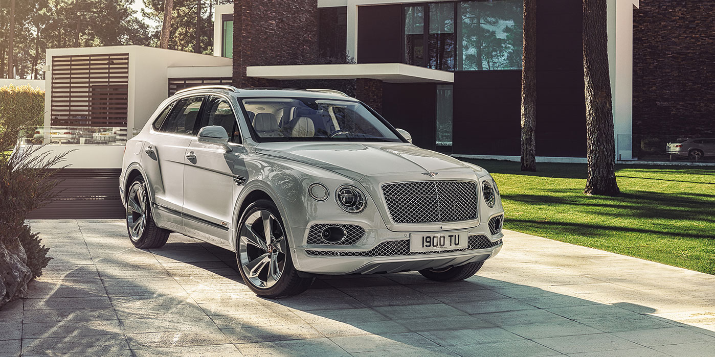 Bentley Bentayga Hybrid -  Bentley's first luxury hybrid image 2