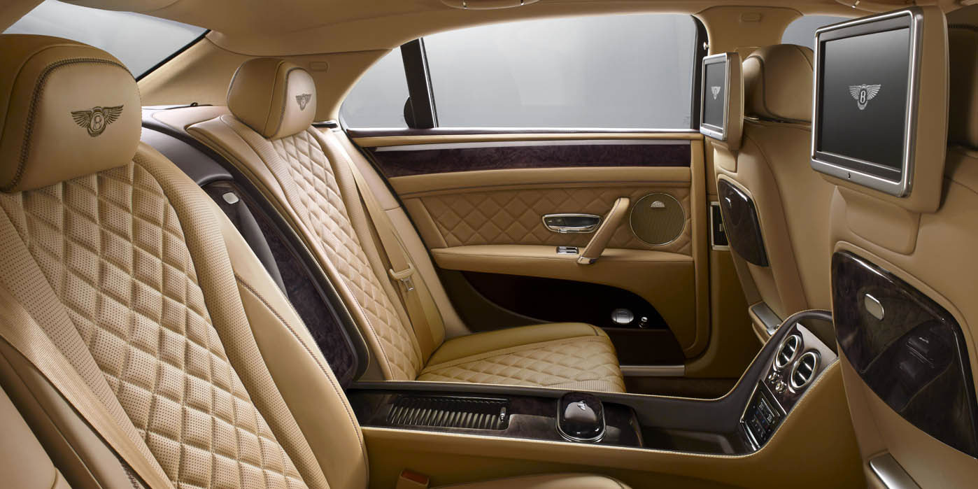 Bentley Flying Spur - Exhilarating luxury, all-wheel drive power image 8