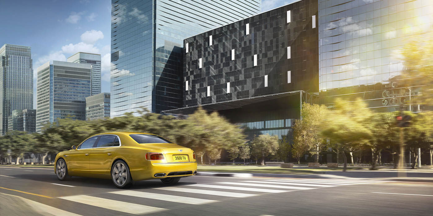 Bentley Flying Spur - Exhilarating luxury, all-wheel drive power image 3