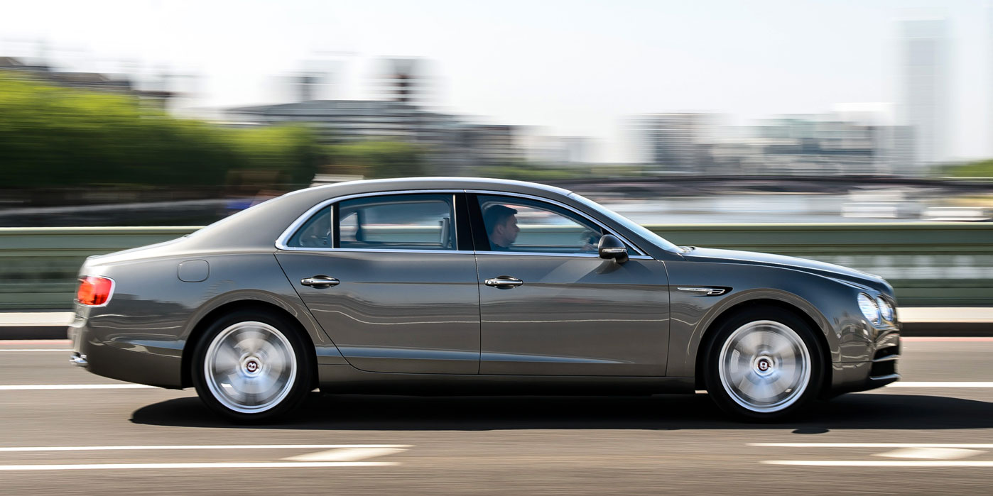 Bentley Flying Spur V8 - Innovatively designed, precision-engineered image 14