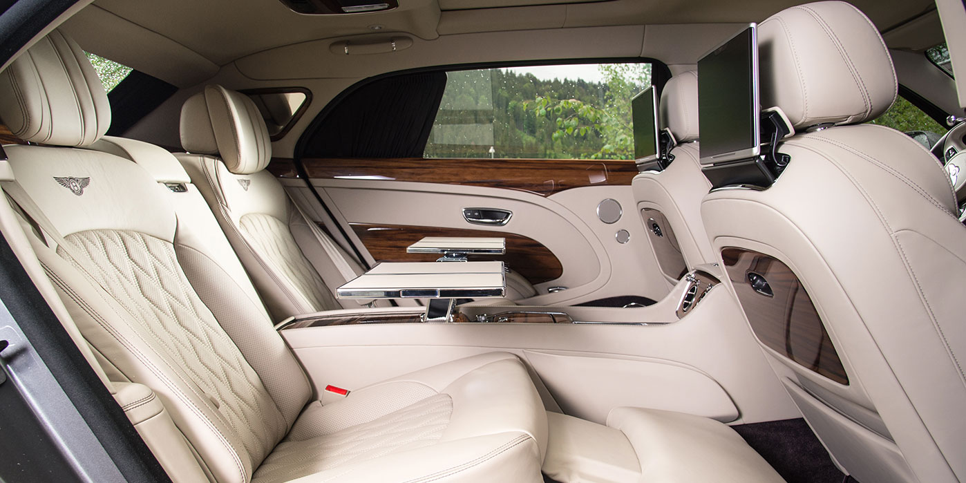 Bentley Mulsanne Extended Wheelbase - The most luxurious car in the range image 9