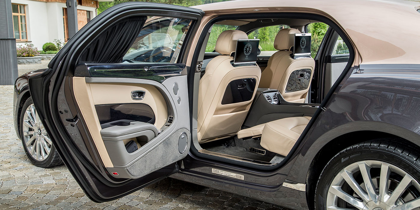 Bentley Mulsanne Extended Wheelbase - The most luxurious car in the range image 15