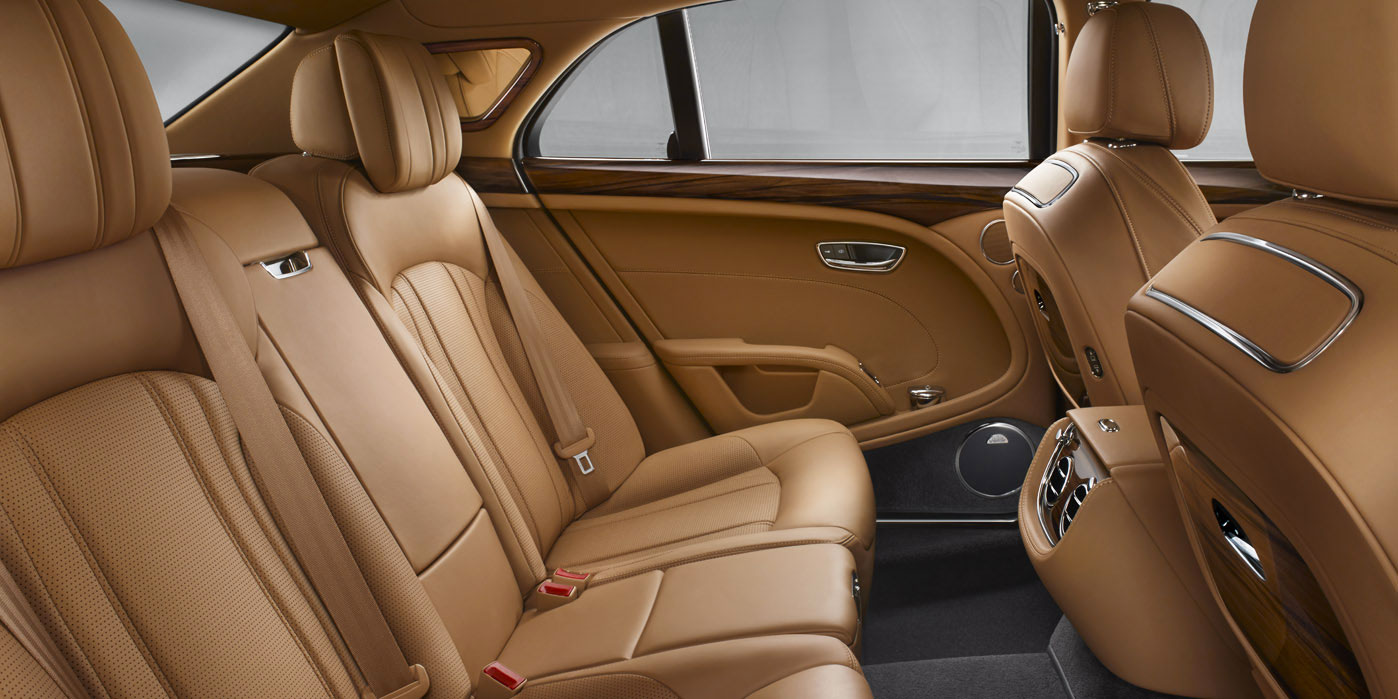 Bentley Mulsanne - Understated elegance and phenomenal power image 10